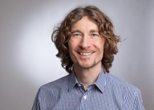 Dr Arno Ebner